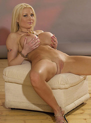Kelly Bell 09