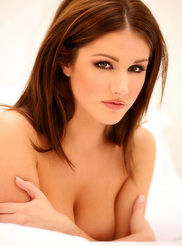 Lucy Pinder 09