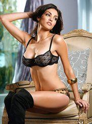 Nadia Moore 01