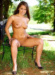 Tiffani Amber 12
