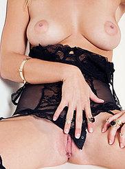 Victoria Winters 02