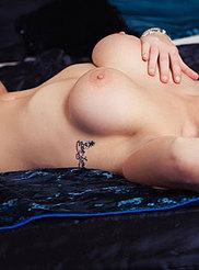 Vanessa Jay 08