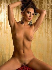 Lara Holley 12