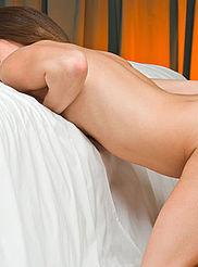 Hot Brunette Susana 13