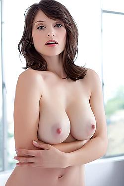 Lisa Kate Nude