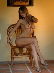 Vanessa - Small Chair 11