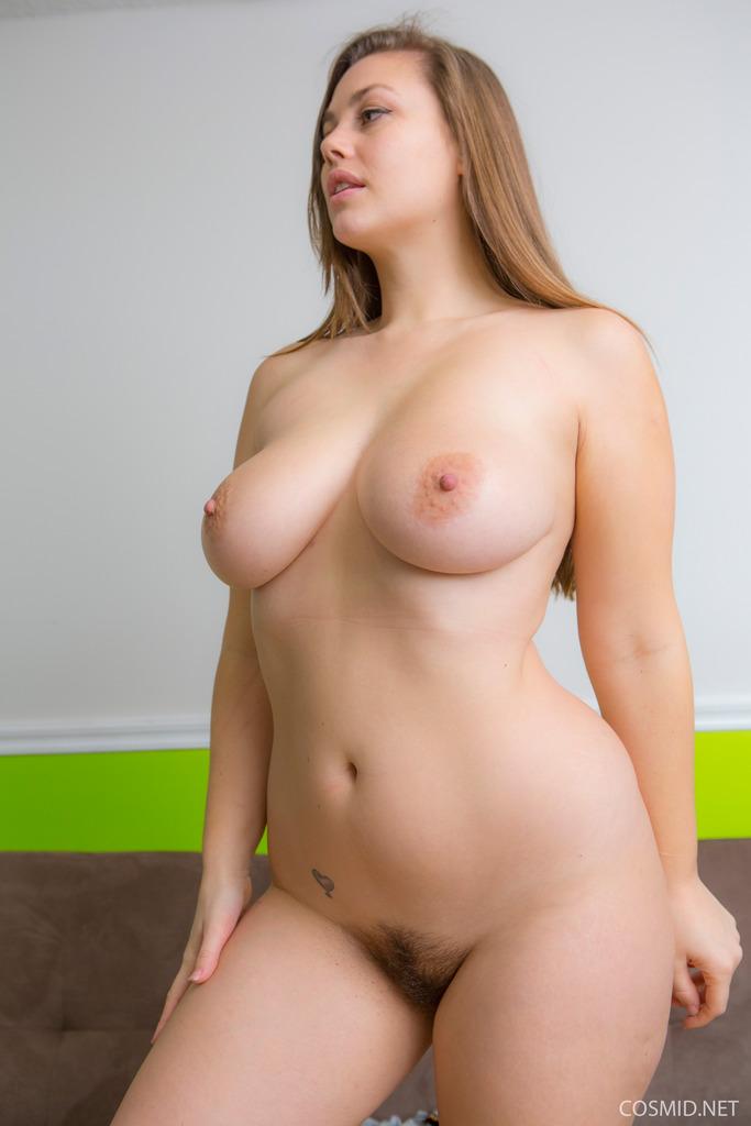 nude White latinas