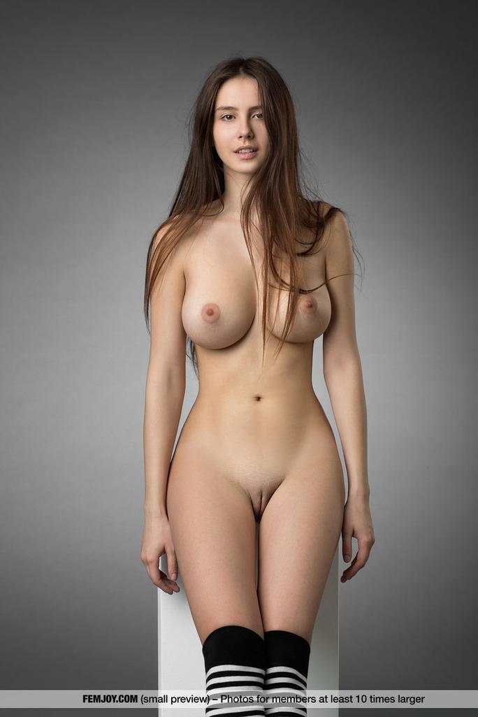 Tits 14 Com