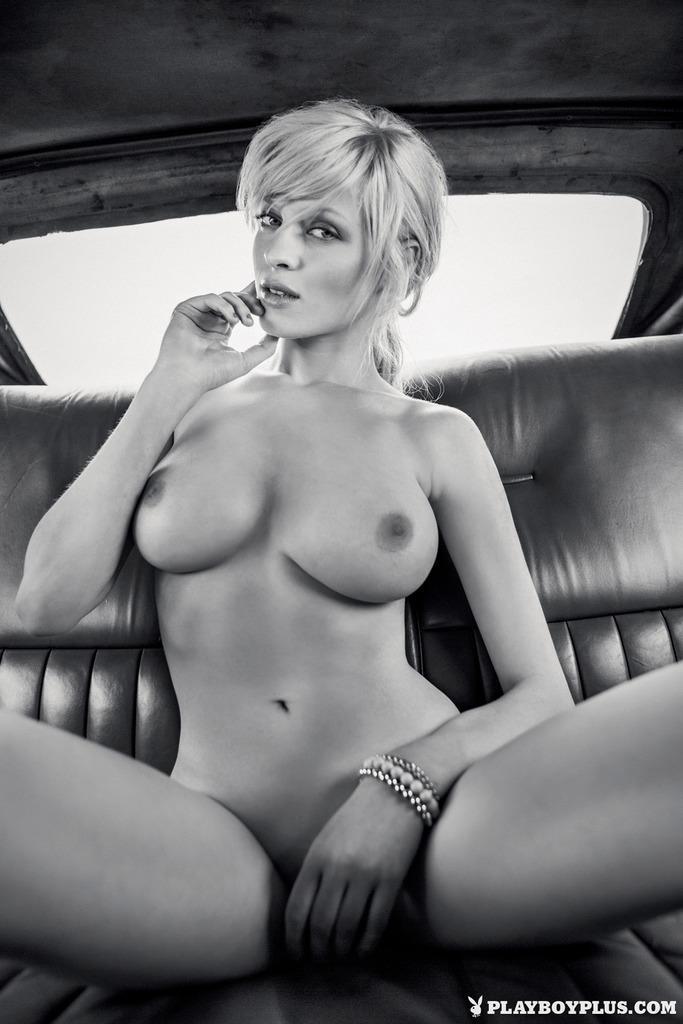 Multiple naked mirror shots